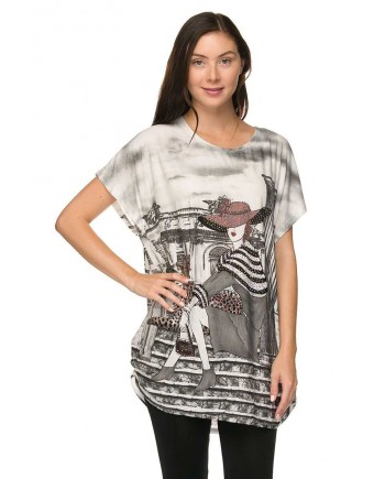 Lady with Hat and Leopard Tunic